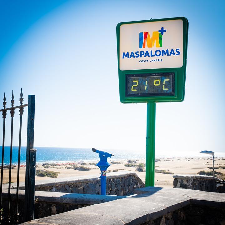 maspalomas-tijd-klok-strand